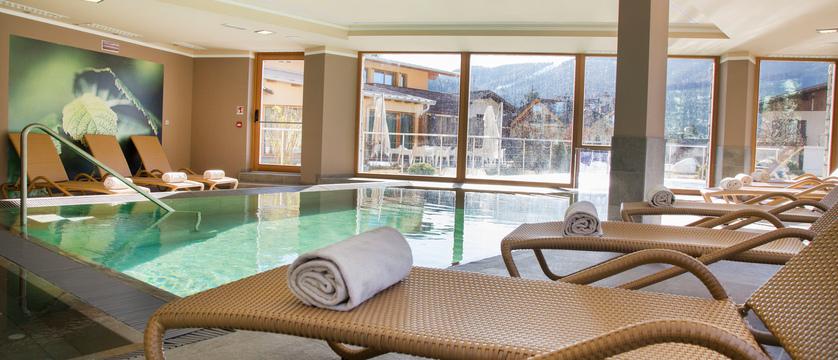 blu-hotel-natura-spa-indoor-pool.jpg